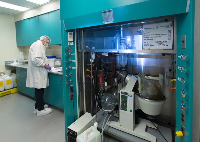 cGMP-Kilo-Lab-Facility-KL-Small-Hood-with-Rotovap